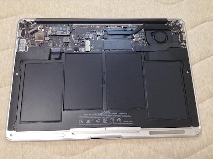 MacBookAirバッテリー交換